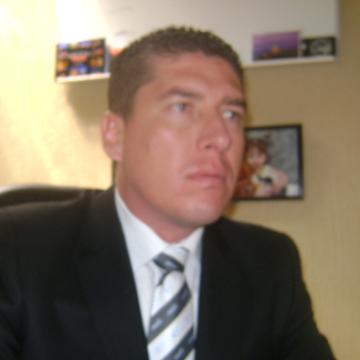 Oscar, 43, Guadalajara, Mexico