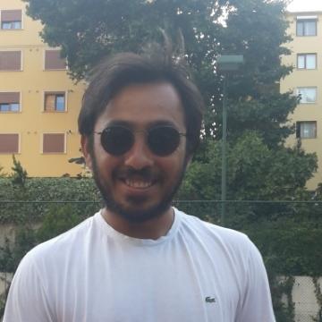 Bilgin, 28, Istanbul, Turkey