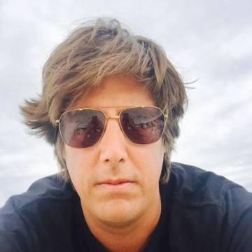 Cesar Figari, 41, Barcelona, Spain