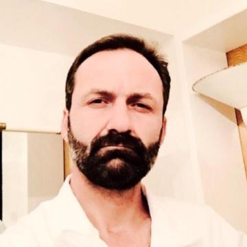 İbrahim Şahin, 44, Izmir, Turkey