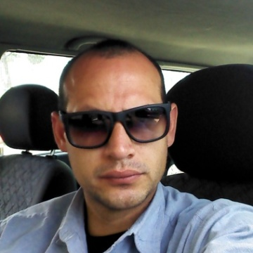 Eduardo, 36, Rome, Italy