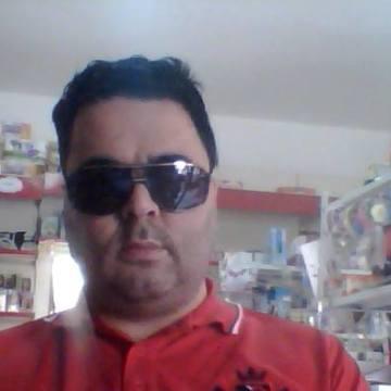 Enzo Maddaloni, 41, Cairano, Italy