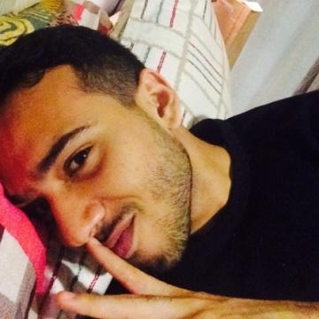 Ahmed Geoffrey , 21, Jakarta Pusat, Indonesia