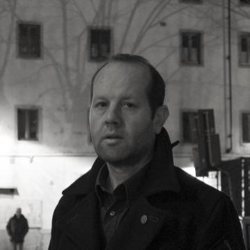Tur Er, 40, Firenze, Italy