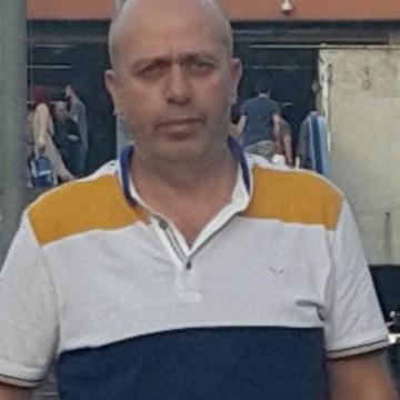 Ibrahim Güner, 45, Istanbul, Turkey