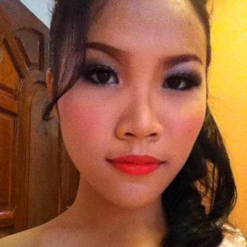 jie jie, 20, Sihanoukville, Cambodia
