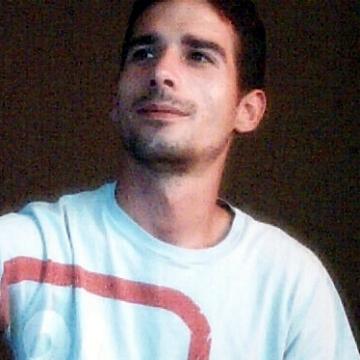 Hope Alexander, 33, Budapest, Hungary