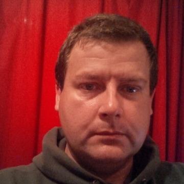 Simon Williams, 47, Abu Dhabi, United Arab Emirates