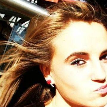 María, 21, Leon, Spain