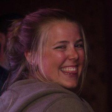 Raphaelle, 24, Brussels, Belgium