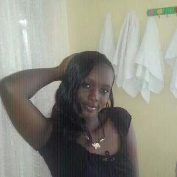 Caroline, 24, Mombasa, Kenya