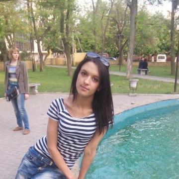 Каролина, 23, Herson, Ukraine
