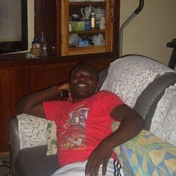 Kevinx Gb, 27, Lome, Togo