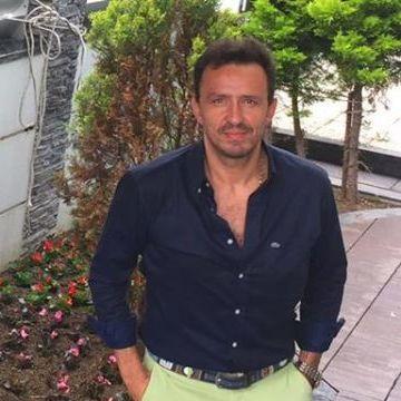 Emre Atakan Özaslan, 43, Izmir, Turkey