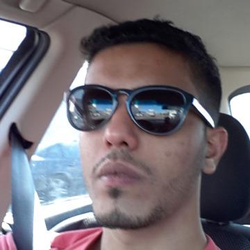 AZIZ, 29, Jeddah, Saudi Arabia