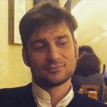 Simon David Williamson, 34, Rome, Italy