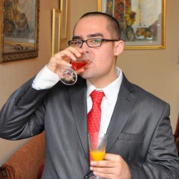 Omar, 31, Manama, Bahrain