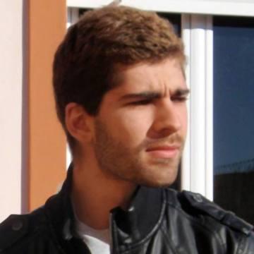 Oliver, 23, Sevilla, Spain