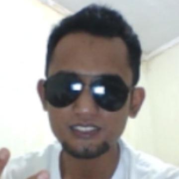 iwan, 32, Makassar, Indonesia