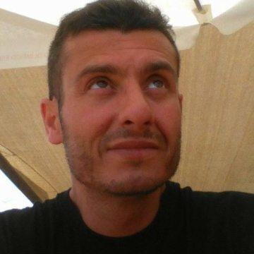 Abel Campos, 42, Madrid, Spain