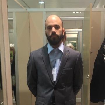 Damian Fdez Garcia, 33, Aviles, Spain