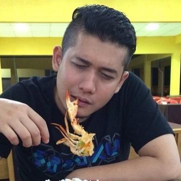 Fariz, 32, Petaling Jaya, Malaysia