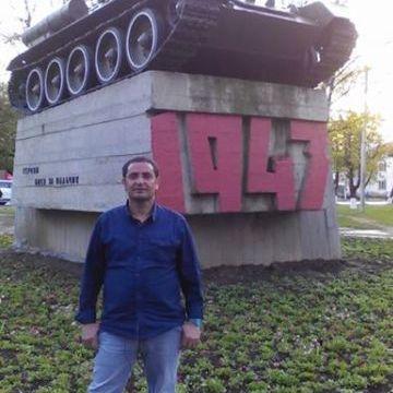 Abdurahman Korkmazer, 43, Istanbul, Turkey