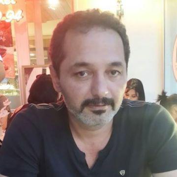 Arslan Arslantürk, 43, Istanbul, Turkey