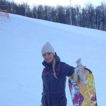 Даша, 29, Saratov, Russia