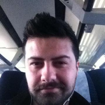 Turan CeyLan, 28, Izmir, Turkey