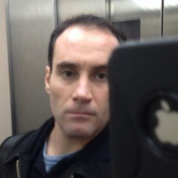 Ricard, 38, Barcelona, Spain