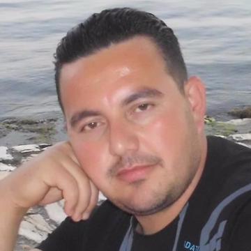 Ali Poyraz, 37, Balikesir, Turkey