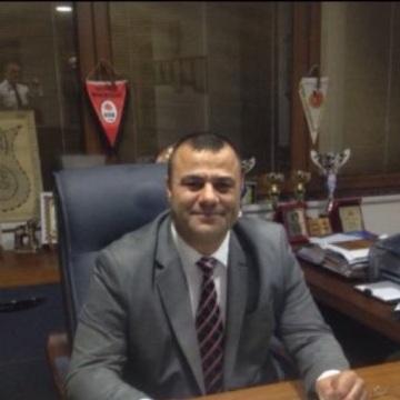 Tahir, 39, Istanbul, Turkey