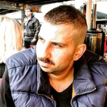Cihat, 30, Istanbul, Turkey