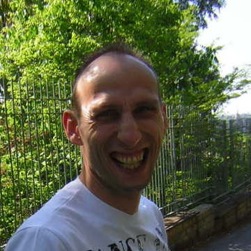 latella, 41, Desio, Italy