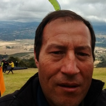 Jairo Moreno, 38, Colombiano, Colombia