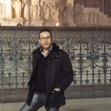 Luka, 41, Vibo Valentia, Italy