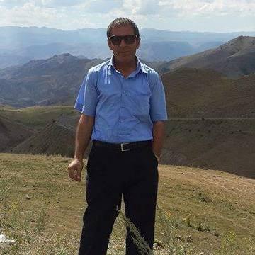 Mustafa Akkurt, 46, Erzurum, Turkey
