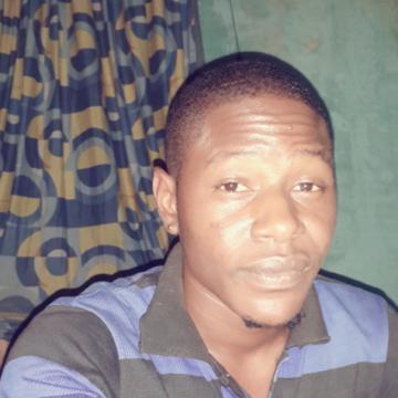 frank, 18, Lagos, Nigeria
