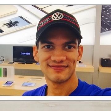 Marlon Rosario, 31, Bogota, United States