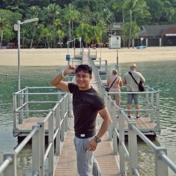 Herbert Galiza, 35, Singapore, Singapore