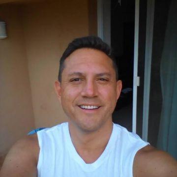 Jose Luis, 41, Huatulco, Mexico
