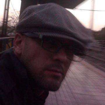 Roberto Nieva, 40, Mendoza, Argentina