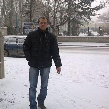 Cemal Akyol, 40, Eskisehir, Turkey