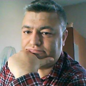 Çetin Karataş, 37, Ceyhan, Turkey