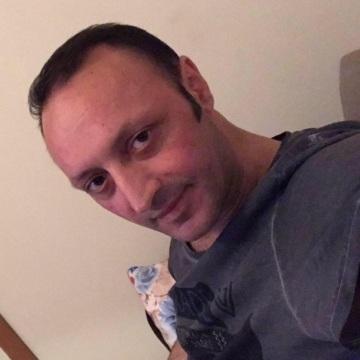 Aydın Öner, 35, Istanbul, Turkey