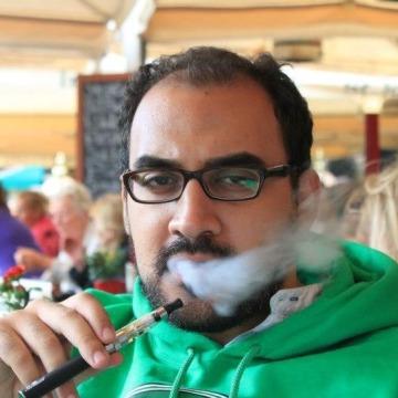 Moe, 28, Cairo, Egypt