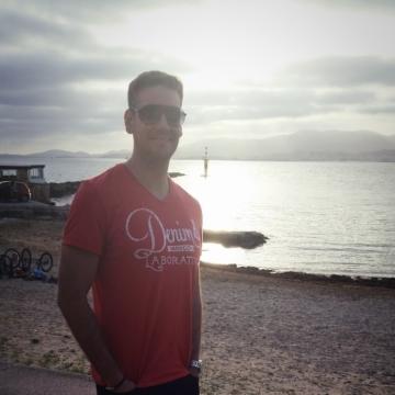 Alex, 35, Madrid, Spain