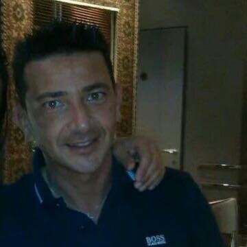 Giovanni, 42, Ravenna, Italy