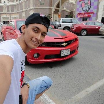 Max, 21, Dubai, United Arab Emirates